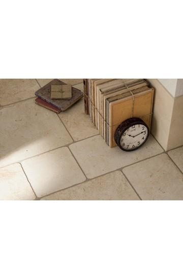 Pavimento per interni pietra di Lecce colore avorio in gres porcellanato 30x30 - Ermes Aurelia