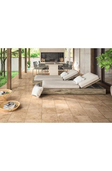 Pavimento per esterno pietra di Lecce colore ambra in gres porcellanato 50x50 Grip - Ermes Aurelia