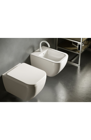 Sanitari sospesi in ceramica bianco vaso wc + bidet con sedile copriwc soft close Hatria Bianca