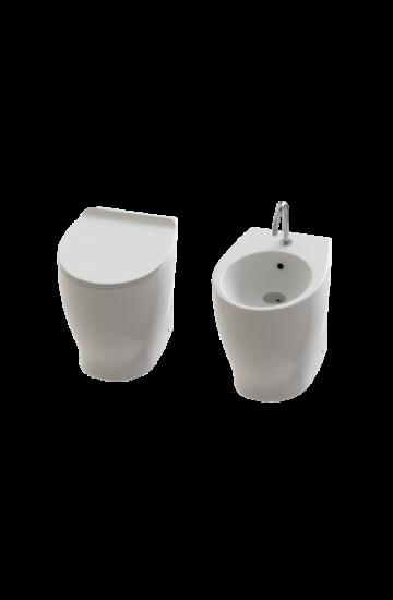 Sanitari filomuro wc rimless e bidet in ceramica bianco con copriwc slim soft close Gran Mascalzone Domus Falerii