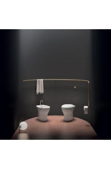 Sanitari a terra tradizionali a pavimento wc e bidet in ceramica bianco con sedile copri wc soft close Mascalzone Light Domus Falerii Mascalzone Light