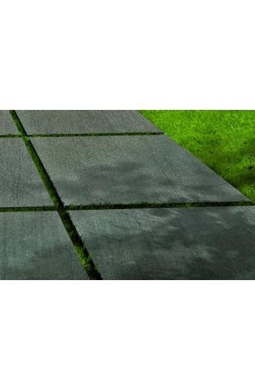 Pavimento per esterno spesso effetto Basaltina in Gres Porcellanato 90x90 - EnergieKer TH2.0 Basaltina Piombo